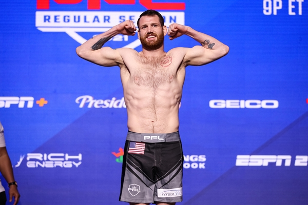 Clay Collard (©Professional Fighters League)