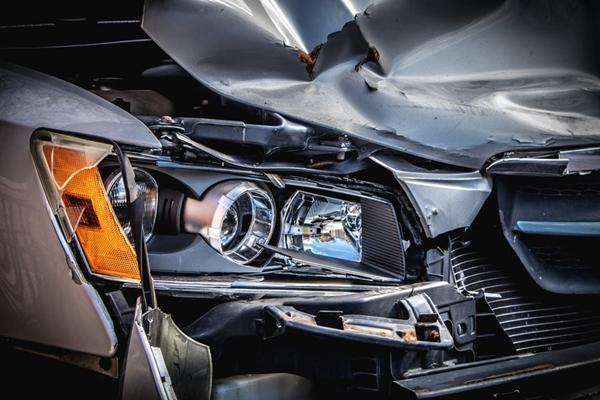 crushed car (©Clark Van Der Beken)