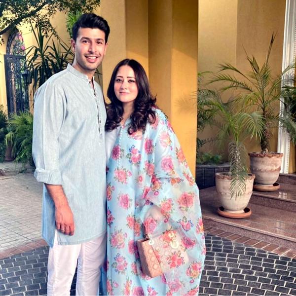 Nael Ahmed, Momina Ahmed
